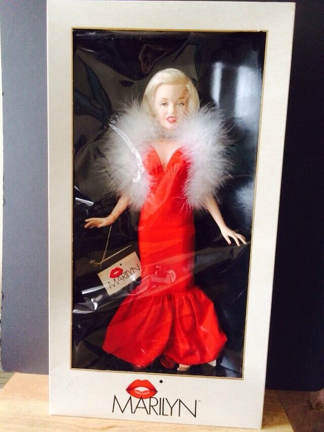 MARILYN MARILYN MARILYN MONROE WORLD SERIES DOLL LIMITED EDITION USA 1980s d819a9