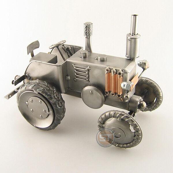 Schraubenmännchen Bulldog Traktor Landwirtschaft (0132)
