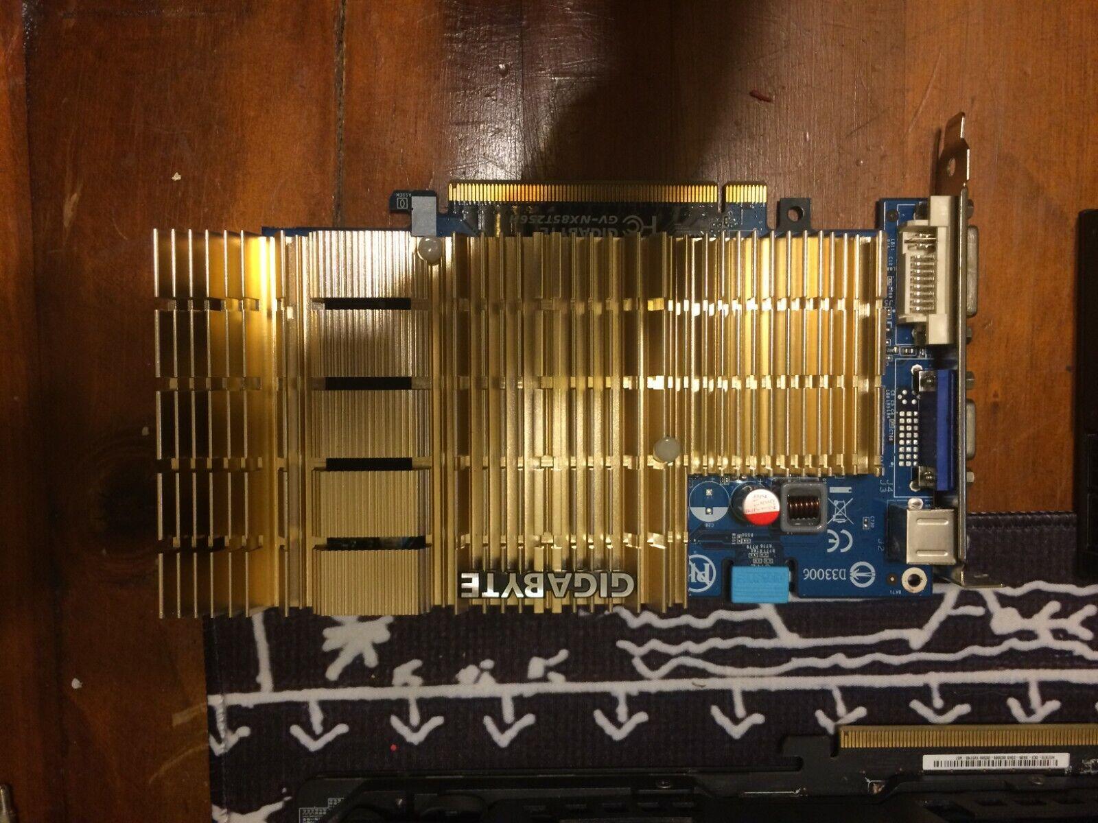 gigabyte gv-nx85t256h Silent Graphics Card 512MB GDDR2