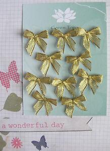 Satin-Bows-2cm-20-GOLD-METALLIC-Bows-Green-Tara-B