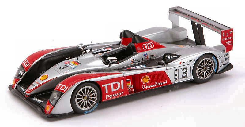 Audi R 10  3 Lm 2007 1 43 Model S0683 SPARK MODEL
