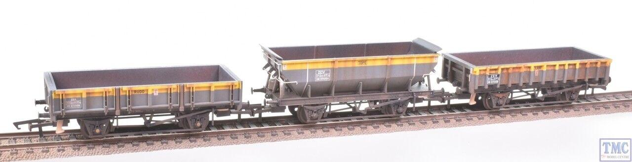 R6893 Hornby OO Rudd Clam Tope Departmental Wagons (Three Pack) ED Weathering