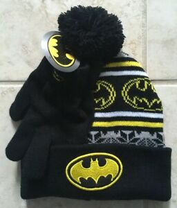 8890ed5bbc914 Batman Black Beanie Hat Cap and Gloves Set Youth Children One Size ...