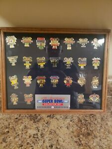 Super-Bowl-Pin-Collection-by-Peter-David-lot-of-25-In-Order-Of-1-25