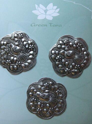METAL Embellishments 3 x ROUND with BIRDS Design 42mm Across Green Tara B