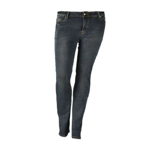 Donna straight fit jeans dolce rosa nel look usato