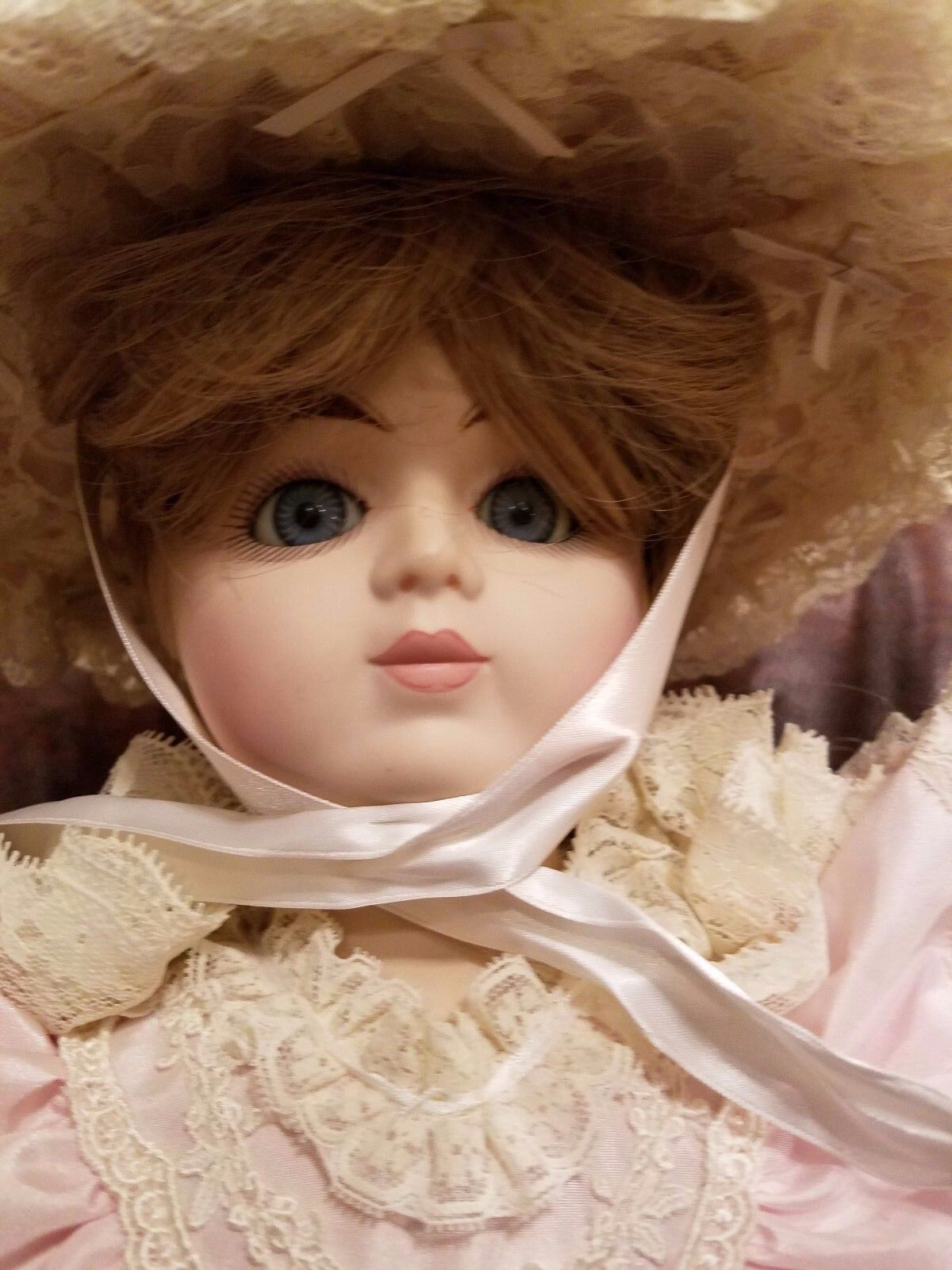 Beautiful Gorham 1988 20  Musical Doll with Gorgeous Victorian Kleid