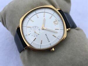 Skagen Denmark Watch Black Leather Band Gold Tone Case Analog Women Wristwatch