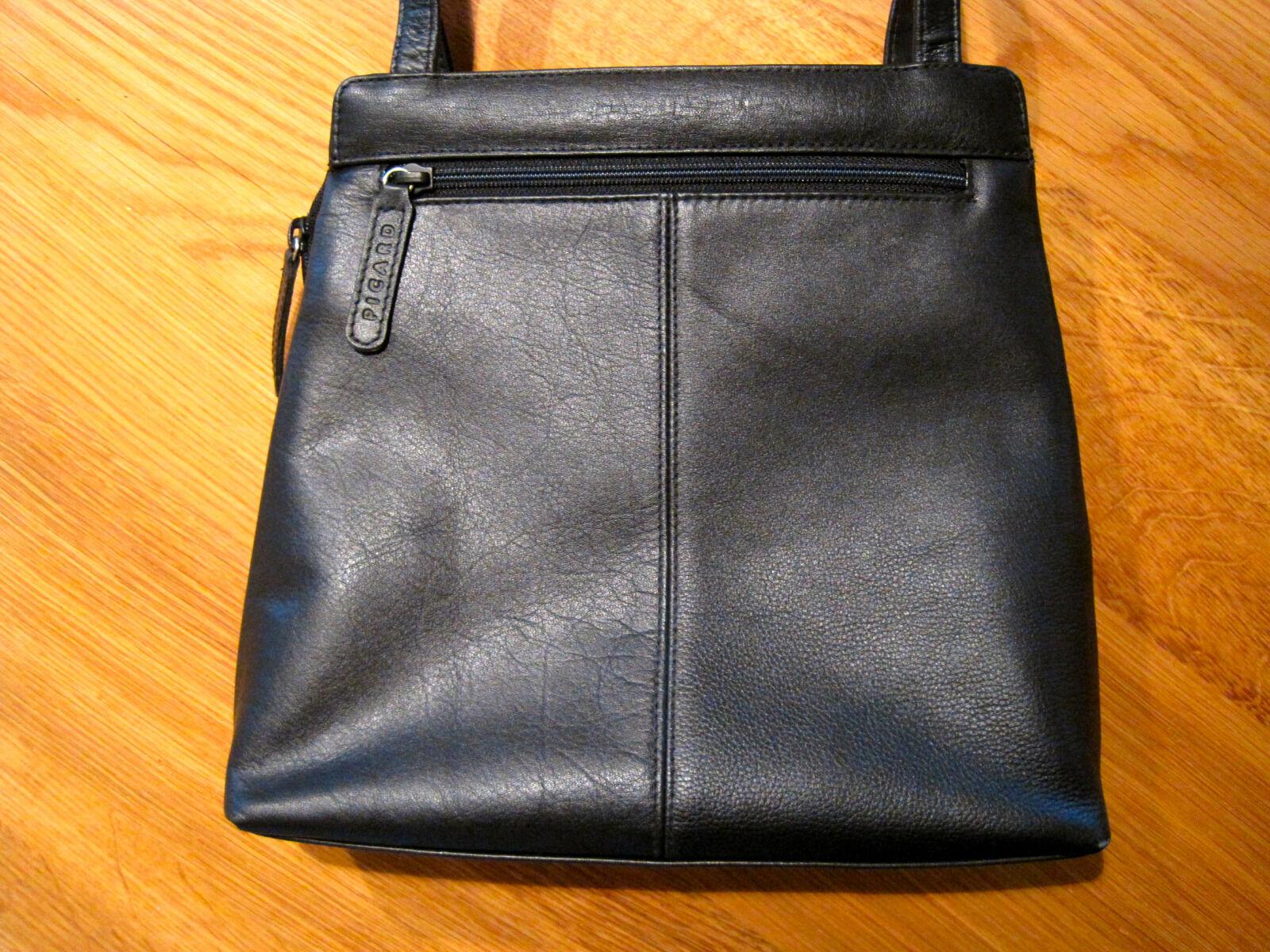PICARD Leder Handtasche schwarz Schultertasche mit vielen schönen schönen schönen Details       Toy Story    Queensland    Kaufen Sie beruhigt und glücklich spielen  8cf3d3