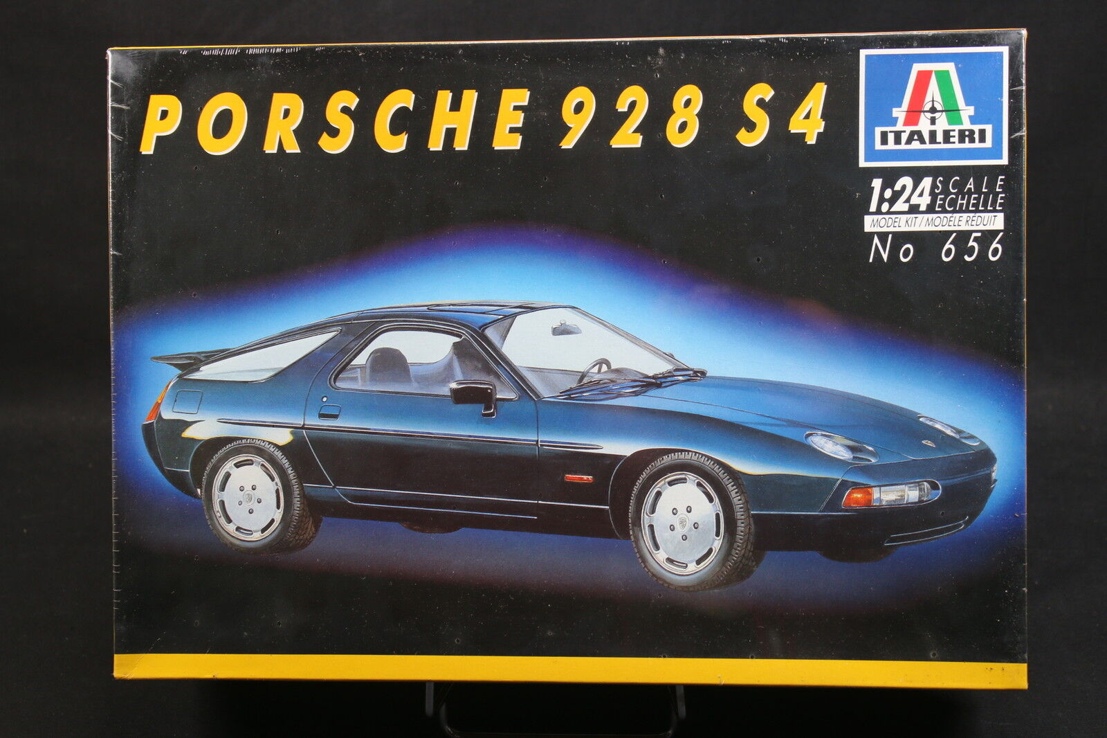Xw054 italeri 1 24 car model 656 porsche 928 s4-ptitoys
