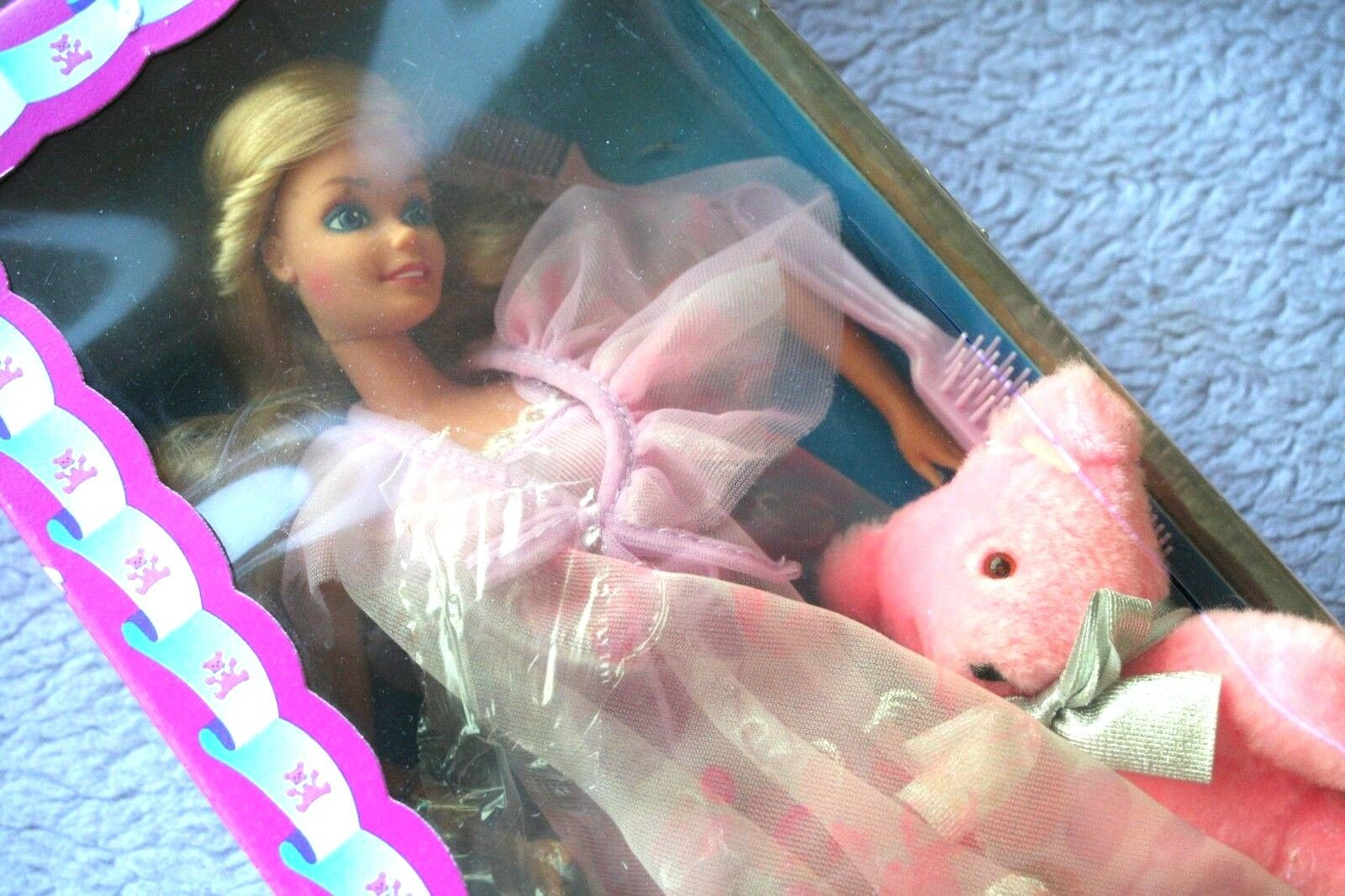 VTG BARBIE DOLL  DREAMTIME with HER BEAR B.B.(1984 ). UNPLAYED, COMPLETE IN BOX