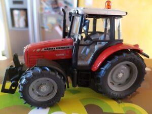 Universal-hobbies-tracteur-Massey-Fergusson-1-43