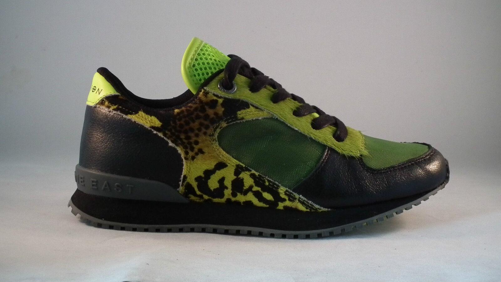 Nueva Religión vena Sneaker formadores con ribete de piel sintética en Black/green
