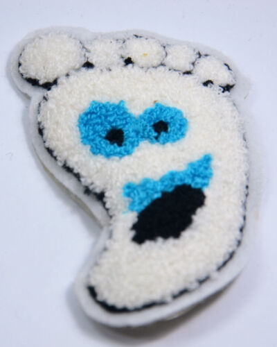 HAPPY FOOT FACE FEET HEALTH  PLUSH SEW ON  PATCH BADGE EMBROIDERY APPLIQUE