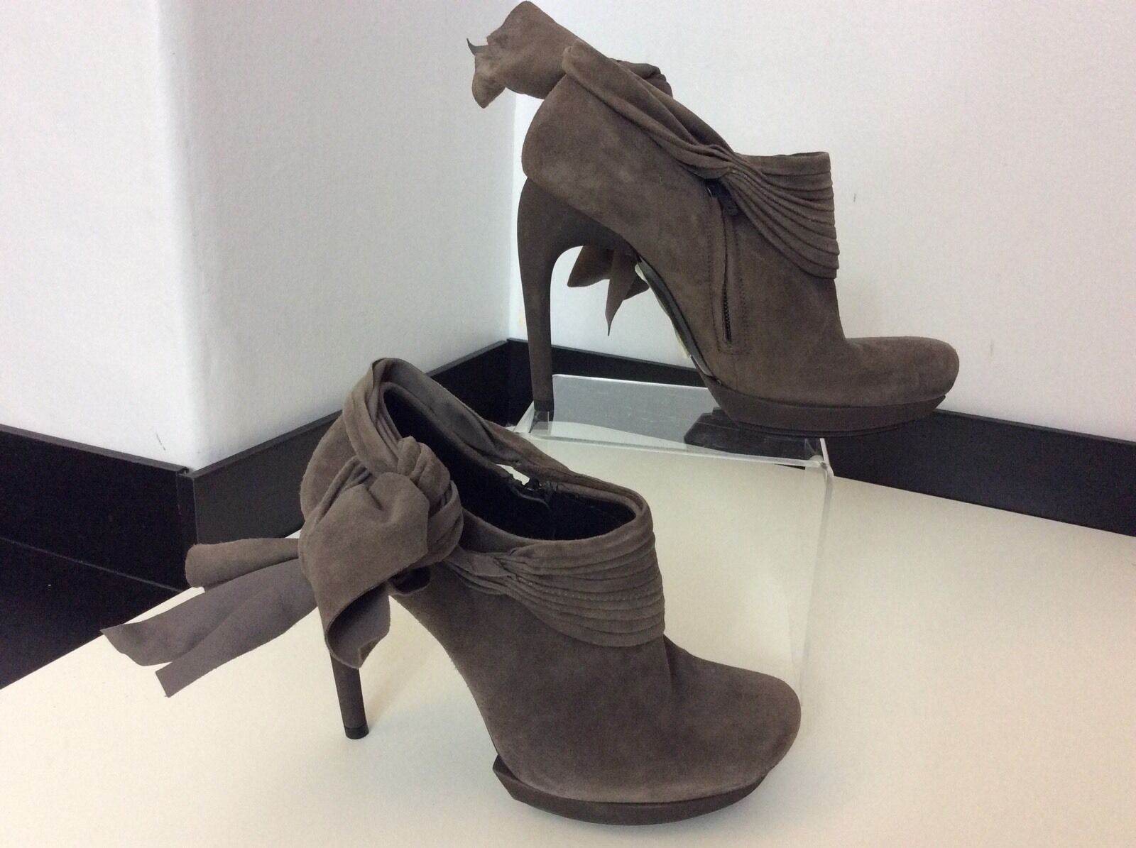 BALENCIAGA  New Grey Suede Leather Size 37 Uk 4 Bnwob Rrp  shoes Boots