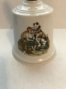 Vintage-Norman-Rockwell-Porcelain-Bell-034-The-Runaway-034-Clown-Series
