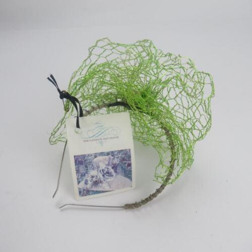 London cinturino The in targhetta originale metallo House con Lime Fascinator e Wire Hat Green 53jRL4A