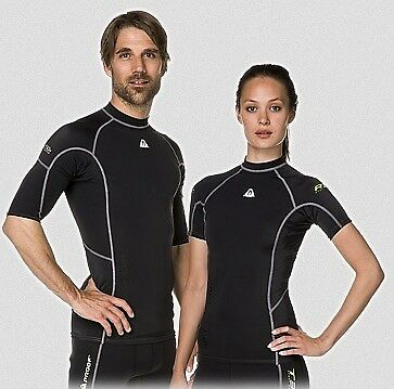 Waterproof R30 Rash Guard Guard Guard - UV Schutz 50+ - Kurzarm Man 1e6ef0