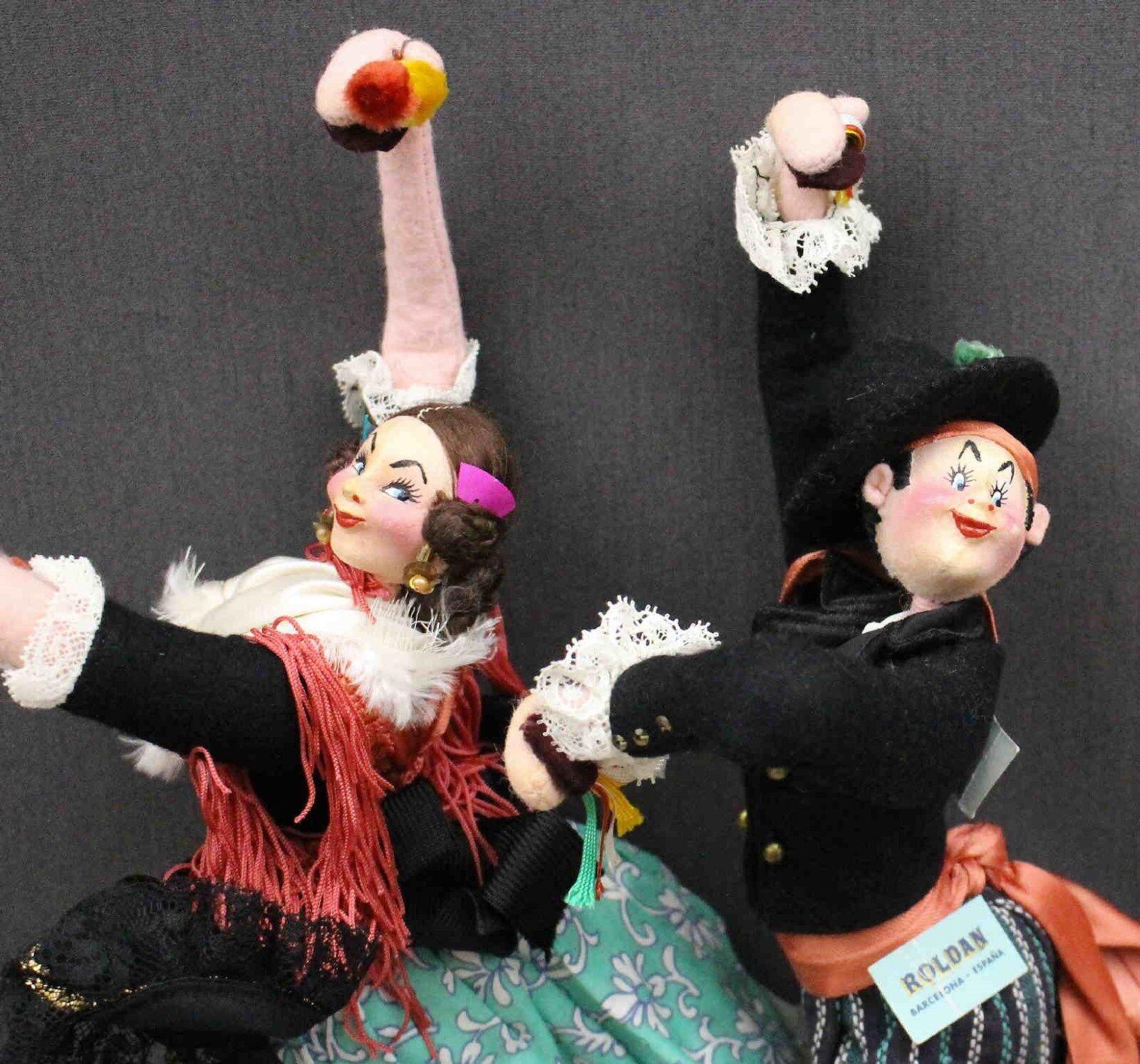 Par emparejado de muñecas bailarina española por  Roldan     Ven a elegir tu propio estilo deportivo.