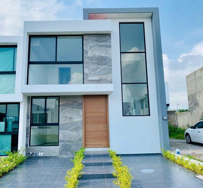 Hermosa Casa Residencial en VENTA en Casa Fuerte