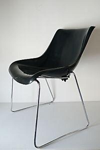 CHAISE-DESIGN-VINTAGE-1970-COQUE-PLASTIK-METAL-Chromee