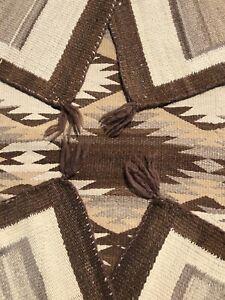 EARLY-ANTIQUE-NAVAJO-RUG-NATIVE-AMERICAN-WEAVING-c-1900-1910-52-X-37