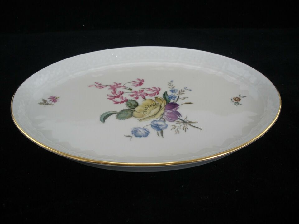 Porcelæn, Frijsenborg Oval Fad 910/1863, Royal