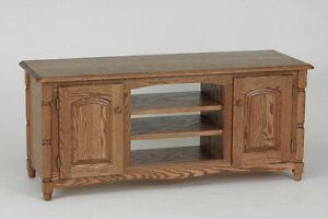 #877 Solid Wood Oak Country TV Stand