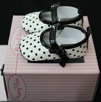 Rising Star infant soft sole- girl shoes- Size 0- fits 0-3 months