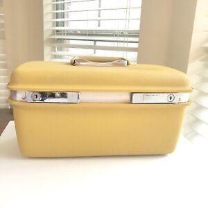 Vintage-Retro-Samsonite-Aspen-for-JC-Penney-Gold-Train-Makeup-Case-Luggage