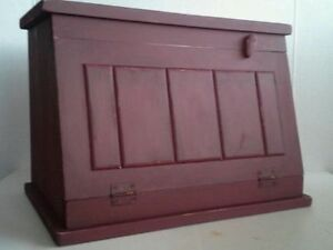 Wood Bread Box Primitive Country Farmhouse Aged Wood Bread/Biscuit Box