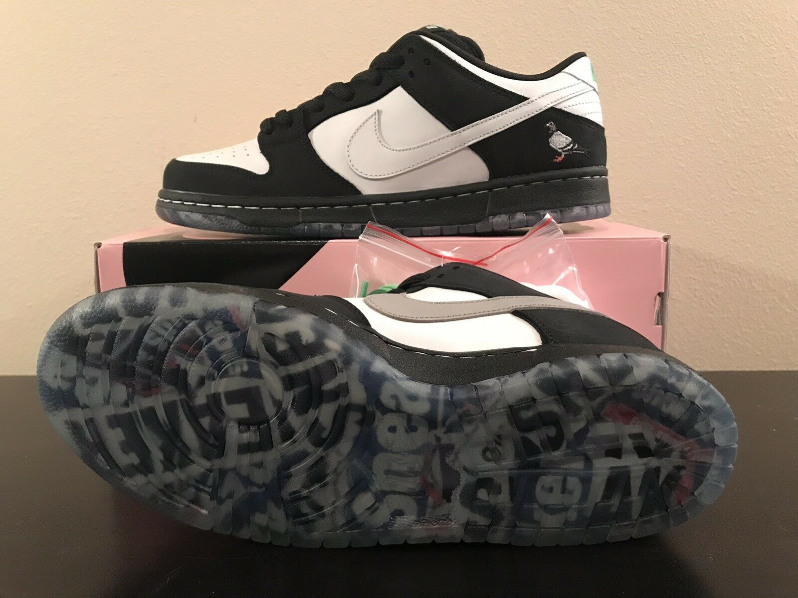 Nike SB Dunk Low Staple Panda Pigeon BV1310-013 Size 10.5 w  receipt
