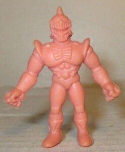 """80/'s M.U.S.C.L.E Men Kinnikuman Flesh Color 2/"""" Robin Mask Figure #046 Mattel"""