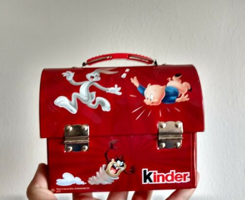 KINDER CHOCOLATE TIN BOX COIN BANK LUNCH CHOCO BOX MONEY LOONEY TUNES BUGS RED