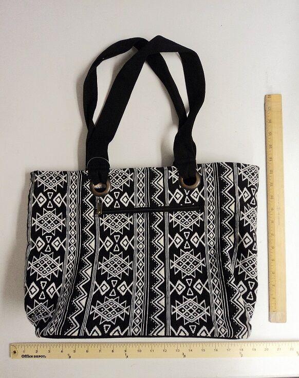 de4a7bd6739d Stone Mountain Aztec Stripe Purse Hand Bag Tote Style Black   White ...