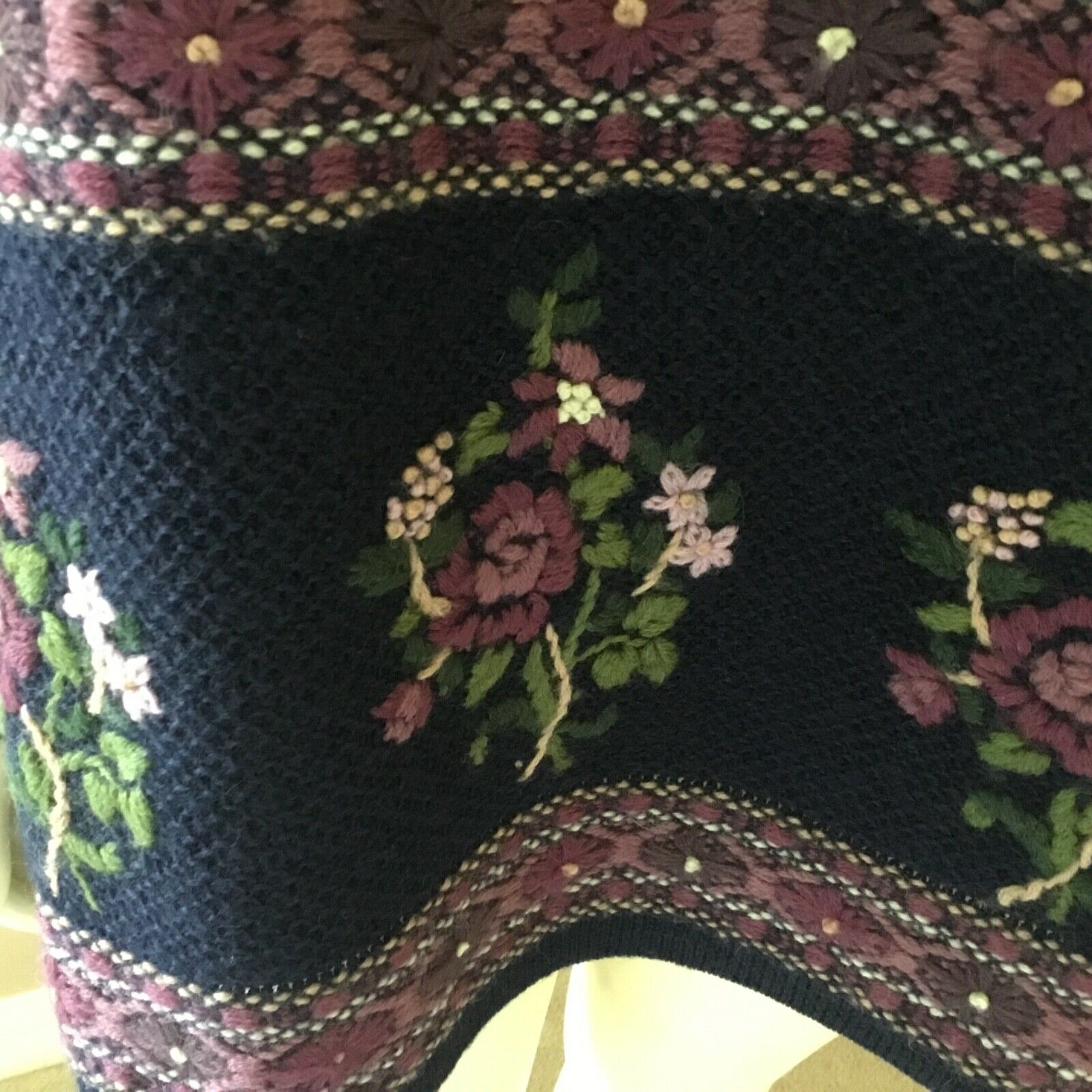 Vintage Laura Ashley 90s Floral 100% Wool Embroid… - image 5