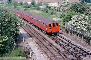 London-Underground-38-Stock-Kingsbury-31-05-78-Rail-Photo