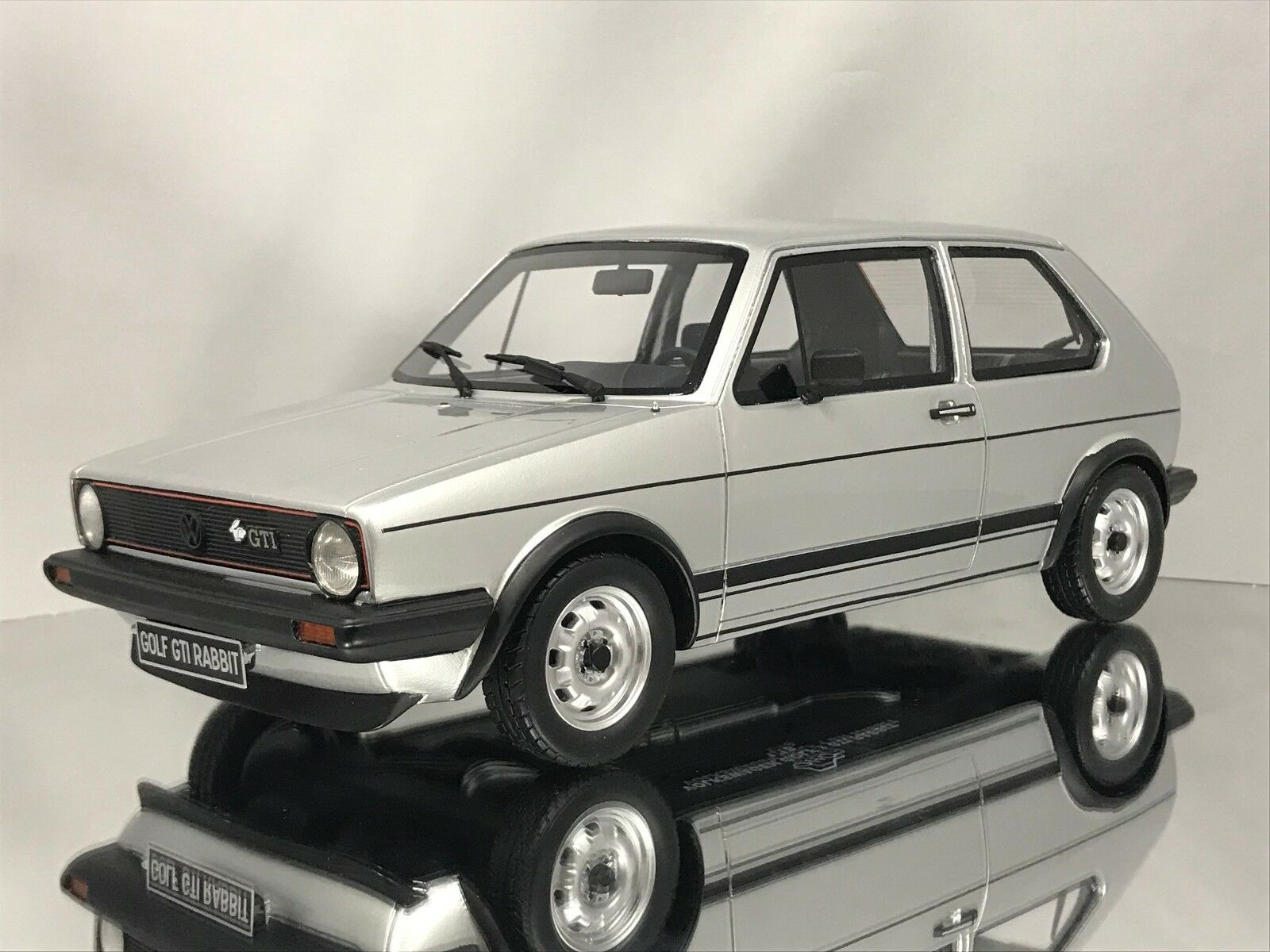 Otto Mobile Ottomobile Vw Volkswagen Golf I Mk1 Gti Rabbit Silver Resin Car 1 18 For Sale Online
