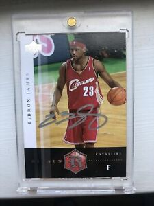 2004-Upper-Deck-Rivals-LeBron-James-Rookie-Autograph