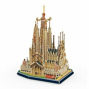 Sagrada-Family-Church-with-Book-194-Piece-3D-Jigsaw-Puzzle-Made-by-3D-Puzzle