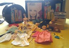 Vintage Fashion Queen Barbie With Wigs 1960s extra head clothing rare tote cases