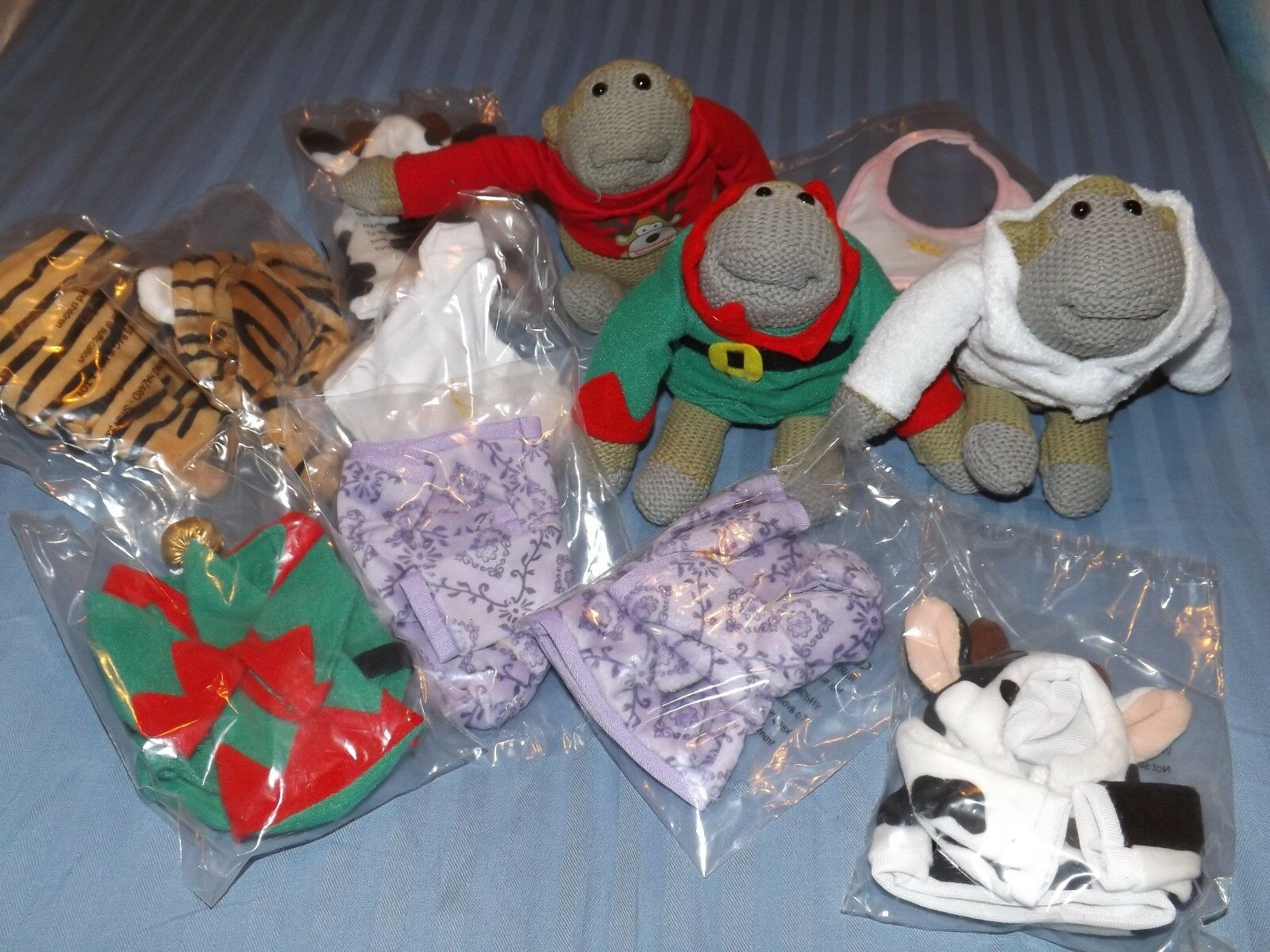 PG Tips monkey OFFICIAL OUTFITS AND MONKEYS LOTS TO CHOOSE FROM FREE UK POSTAGE