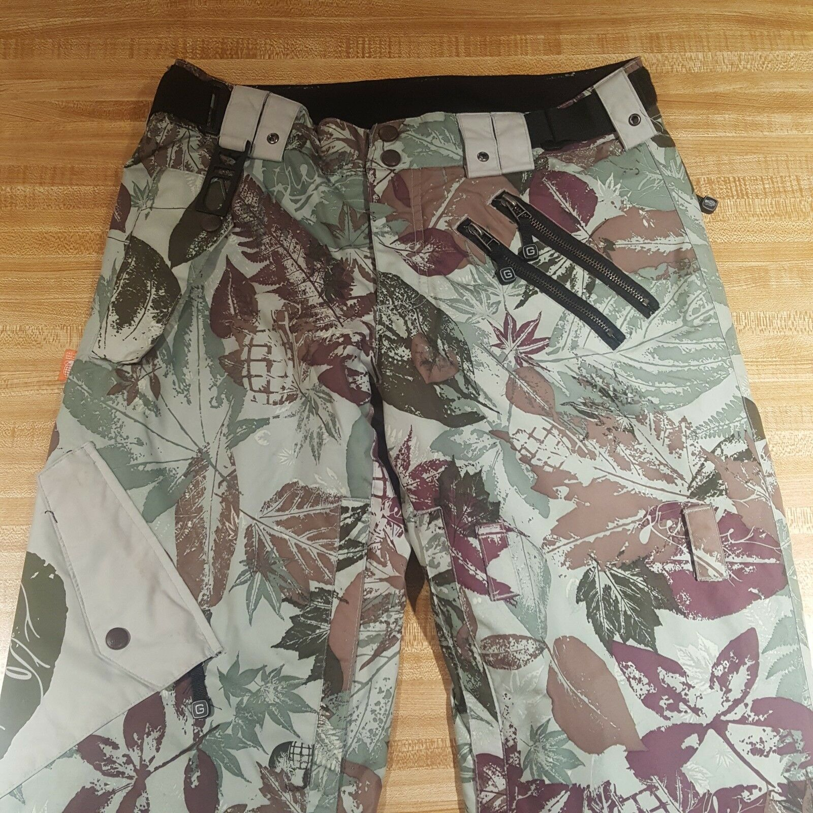 Grenade  Fatigue Project Pants Ski Snowboards Camouflage Green Small  looking for sales agent
