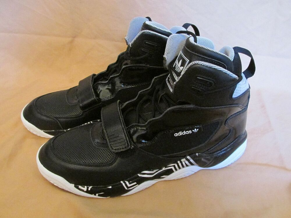 Homme Adidas Originaux Fyw Reign Chaussures de Basketball Noir/Blanc D65388