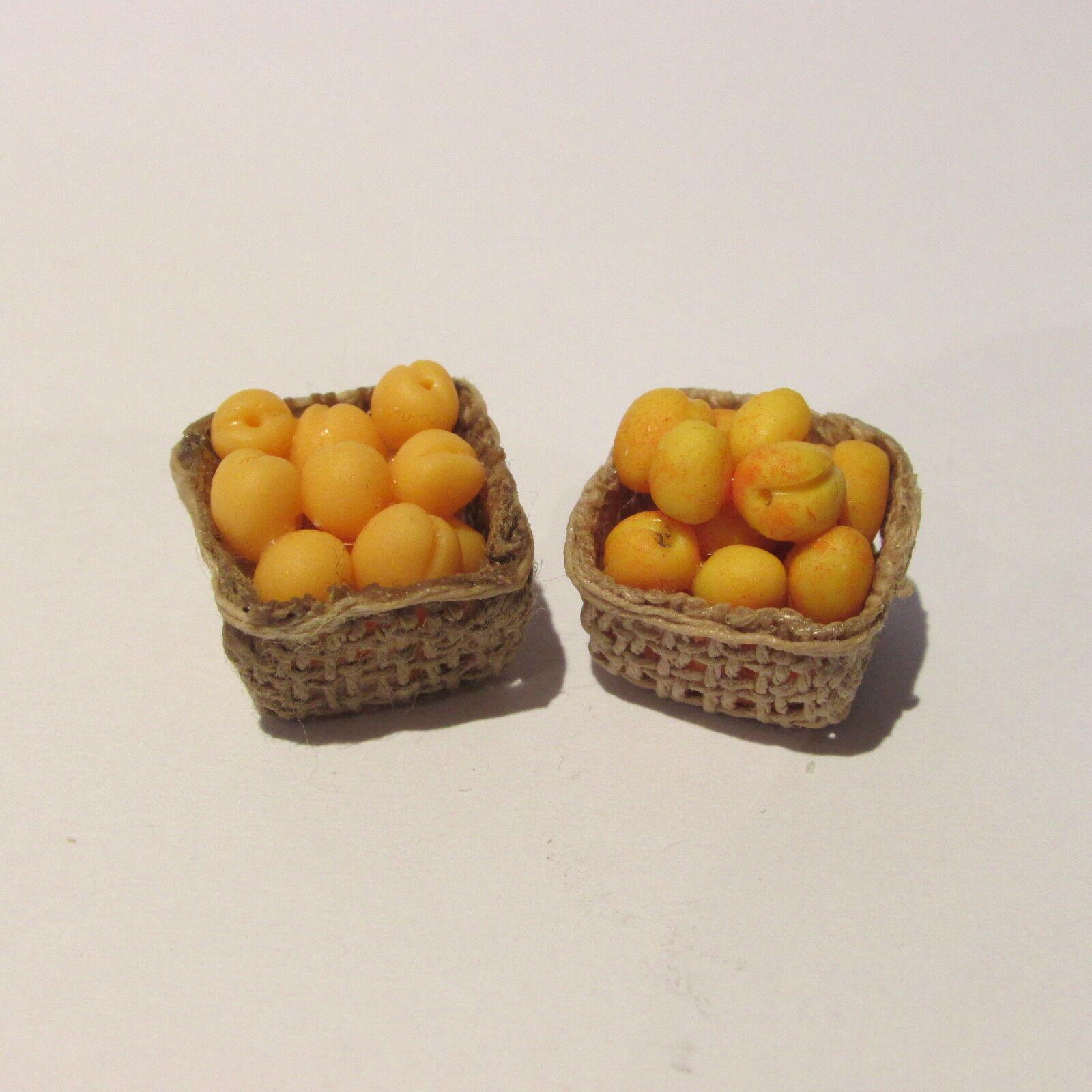 Albicocche nella casella casella casella  COPPIA  DOLL HOUSE miniatura cibo  1 12 scale ad32d8