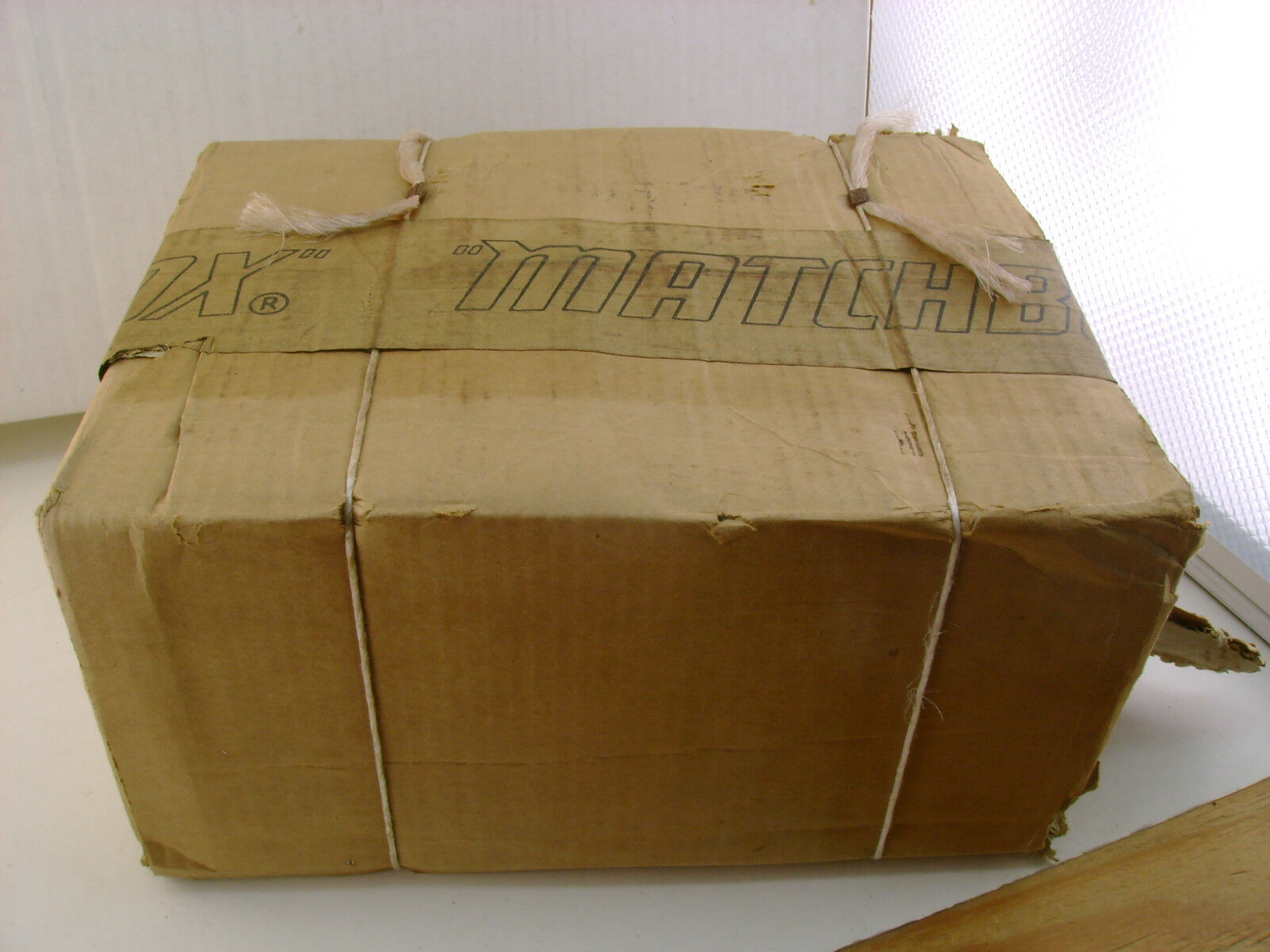 1976 Matchbox Lesney Superfast 300 PIECES COLLECTOR Catalogue kataloge ouvert mais neuf
