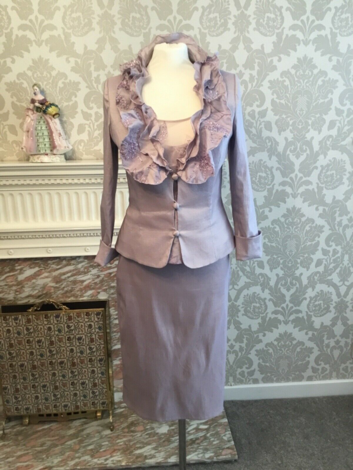**ISPIRATO**LADIES WEDDING OUT-FIT...3 PIECE JACKET---TOP-- AND SKIRT UK SIZE 12