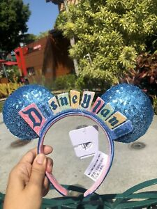 Disney Parks Exclusive Disneyland 2020 Marquee Sign Minnie Ears NEW