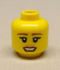 x1 NEW Lego Minifig Head Girl Female Thin Brown Eyebrows and Pale Pink Lipstick