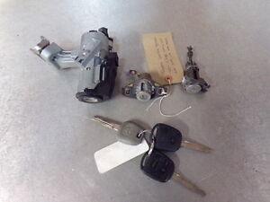 2006 toyota corolla ignition key